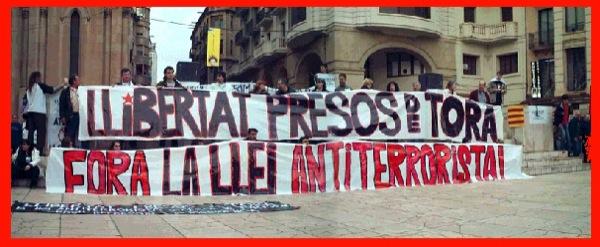 12.04.2003 Manifestació pels carrers  Lleida -  Ramon Santesmasses