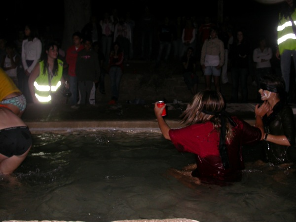 02.09.2008 aquatica a la font  Torà -  ramon sunyer