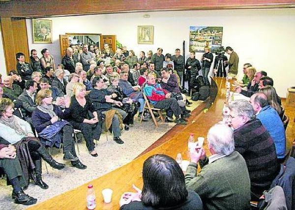 El públic podrà participar al punt de precs i preguntes de tots els plens ordinaris