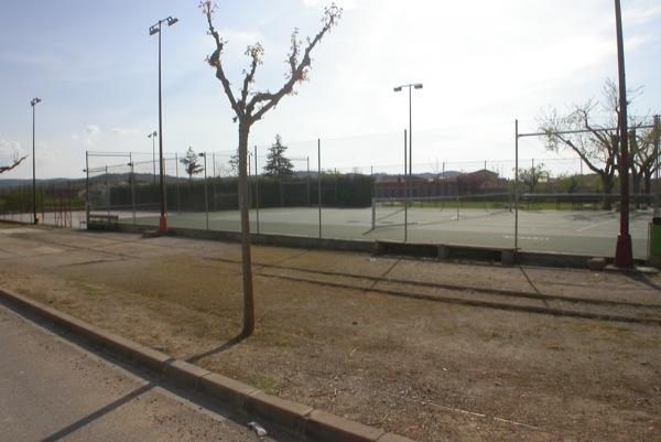 03.05.2010 Pista de tennis  Torà -  Ramon Sunyer