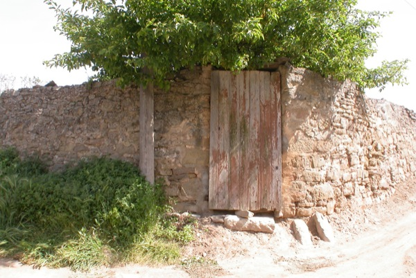 12.06.2010 Porta d'entrada   Torà -  Ramon Sunyer
