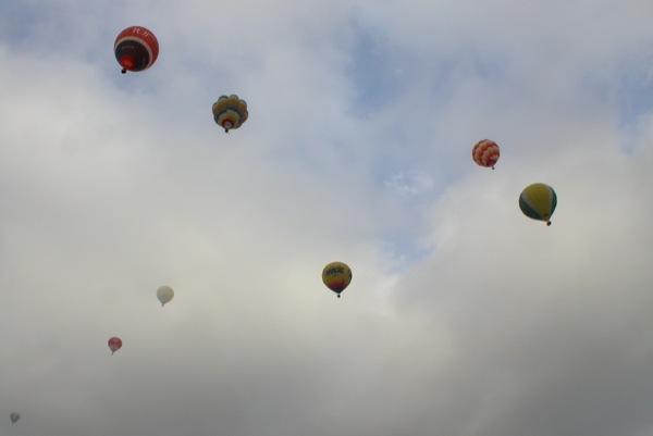 10.07.2010 Els globus omplen el cel d'Igualada  Igualada -  Margarita Bolea