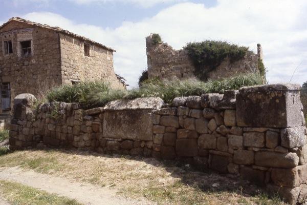 14.07.1986 Emplaçament anterior de les tombes  Claret -  Ramon Sunyer
