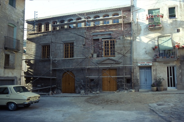 01.07.1985 Obres de remodelació de la casa de la vila  Torà -  Ramon Sunyer