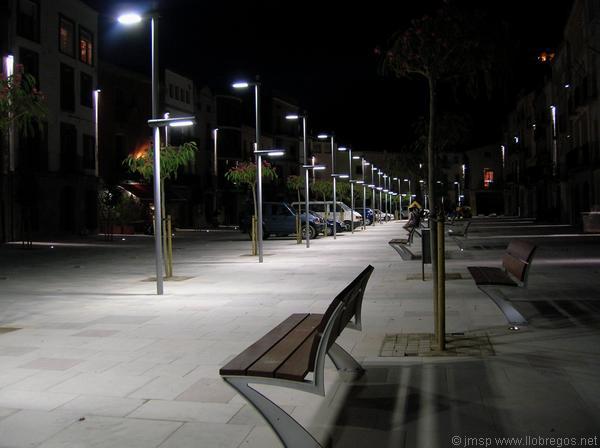 05.08.2010 La nova il·luminació ha millorat respecte a l'anterior  Torà -  Josep Maria Santesmasses