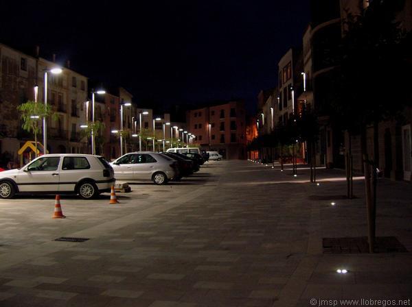 05.08.2010 La plaça de nit  Torà -  Josep Maria Santesmasses
