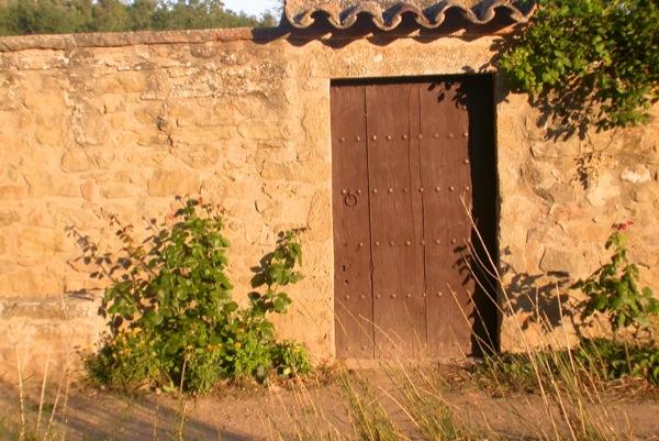 23.08.2010 Porta d'entrada  Torà -  Ramon Sunyer