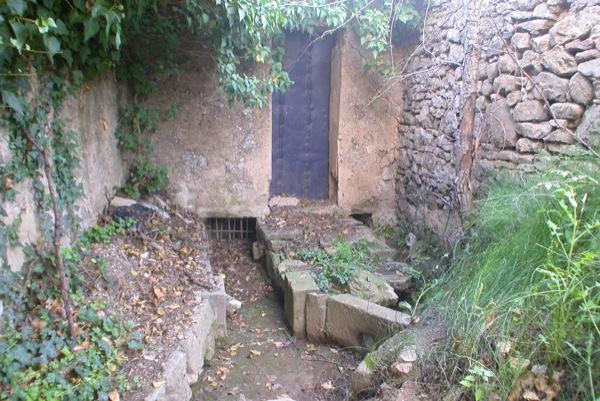 23.08.2010 Repartidor d'aigua de la sèquia  Torà -  Ramon Sunyer