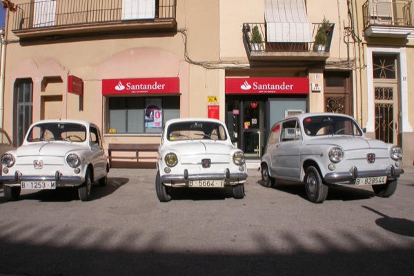 28.08.2010 Exposició cotxes antics els 600's  Torà -  Ramon Sunyer