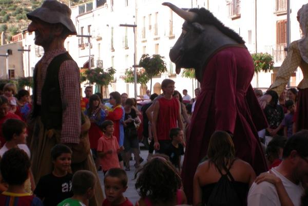 28.08.2010 els gegants, el Jovans i el brau Constantí  Torà -  Ramon Sunyer