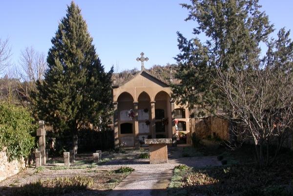 25.12.2010 Detall del cementiri  Fontanet -  Ramon Sunyer