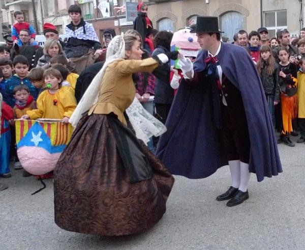 26.02.2011 Bonic i Bonica ballant  Torà -  Xavier