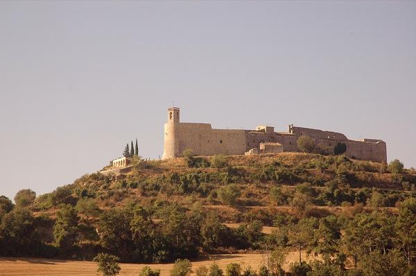 Montfalcó Murallat, exemple de vila closa medieval - Montfalcò Murallat