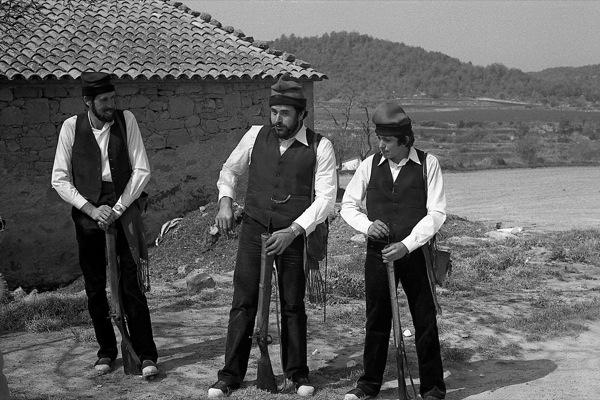 01.04.1981 Els Trabucaires clàssics, el Pep de la Florensa envoltat dels dos germans Pla de Sant Cerni  Freixinet -  Ramon Sunyer