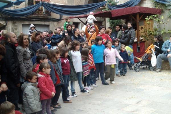 22.04.2011 El públic infantil molt animat  Torà -  Ramon Sunyer
