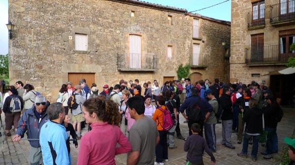 08.05.2011 A la caminada hi van prendre part 375 persones  -  Xavier