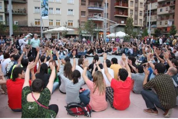 17.05.2011 Concentració a la plaça Ricard Vinyes  Lleida -
