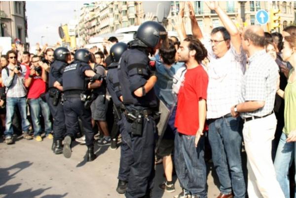 27.05.2011 Aacaraments en el desallotjament  Barcelona -