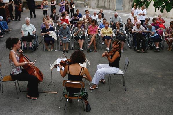 concert d€™AIMS Social 2010 a l'Hospital Pere Màrtir Colomés - Solsona