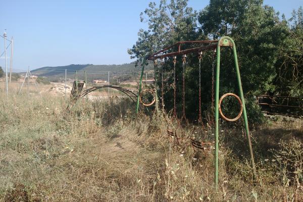 02.08.2011 El parc infantil  Torà -  Ramon Sunyer