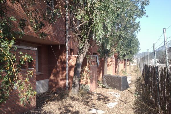 La caserna disposa de 5 habitatges - Torà
