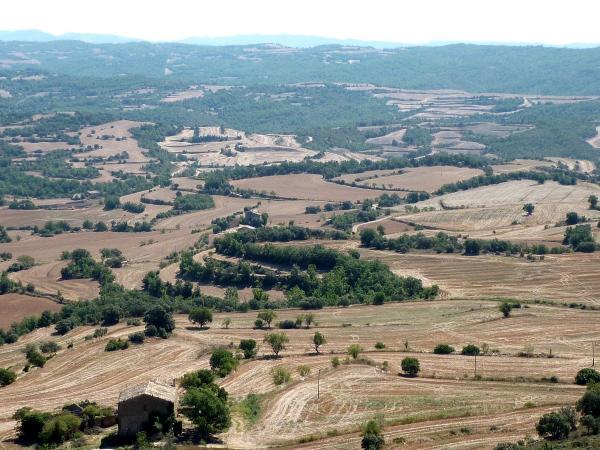 12.08.2011 Vista dels plans des del Tossal  Puigredon -  Isidre Blanc