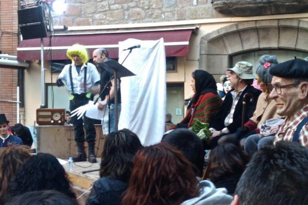 11.02.2012 Detall del pregó  Torà -  Ramon Sunyer