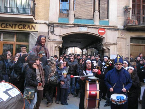 11.02.2012 Passacarrers  Torà -  Xaranga Damm-er