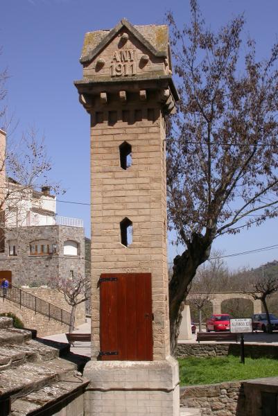 10.04.2012 Airejador d'aigua, construit amb posterioritat  Torà -  Ramon Sunyer