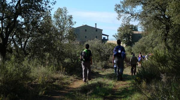 29.04.2012 Arribada al mas Soler recuperant un antic corriol  Puigredon -  Xavi