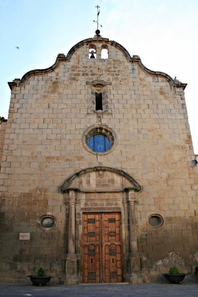 Façana de l'església de Santa Maria - Sanaüja