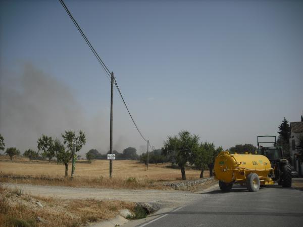 El foc de Selvanera s'ha apagat amb l'ajuda de l'ADF - Selvanera