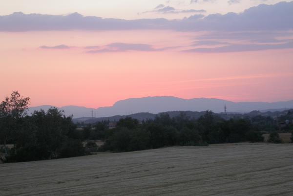 24.06.2012 Vista del Montsec al capvespre  Torà -  Ramon Sunyer