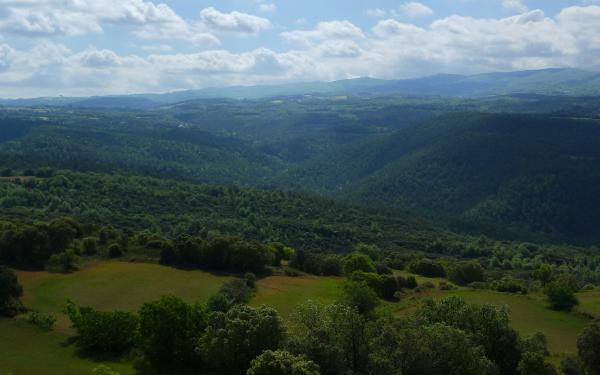 25.05.2013 25 maig.Vall del riu Llanera.   -  Xavier