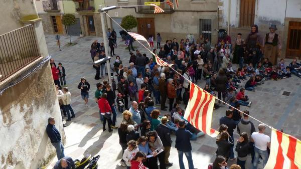 25.05.2013 Actes organitzats pel grup atorànoacatem  Torà -