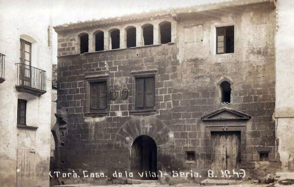 02.09.2013 Casa de la vila a començament del 1900  Torà -  Fons Ramon Torné