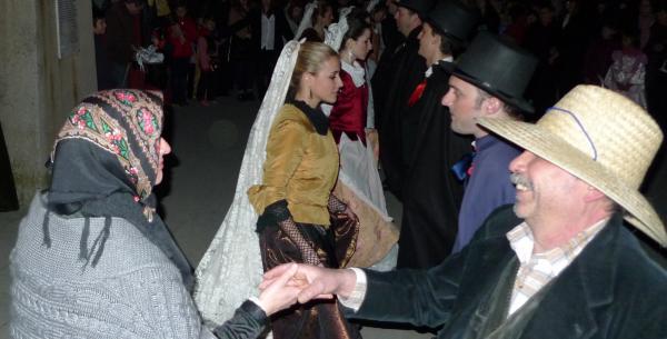 22.02.2014 El brut i bruta ballant  Torà -  Xavi