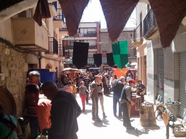 19.04.2014 plaça del pati  Torà -  Ramon Sunyer