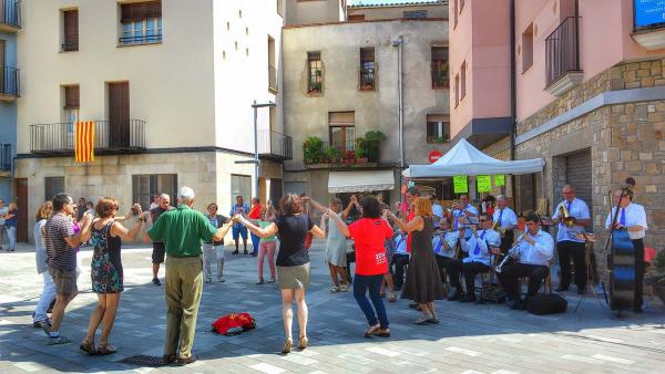 31.08.2014 Ballada de Sardanes amb la Cobla Municipal de Lleida  -  Ramon Sunyer