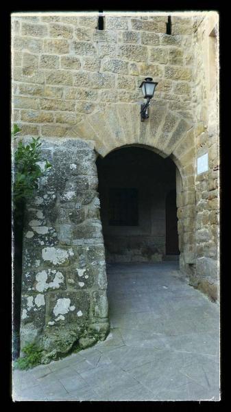 18.10.2014 Entrada vila closa  Sant Climenç -  Ramon Sunyer