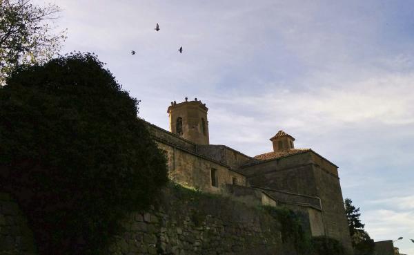 13.11.2014 per les muralles  Torà -  Ramon Sunyer