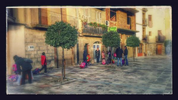 14.11.2014 Entrada a l'escola  Torà -  Ramon Sunyer