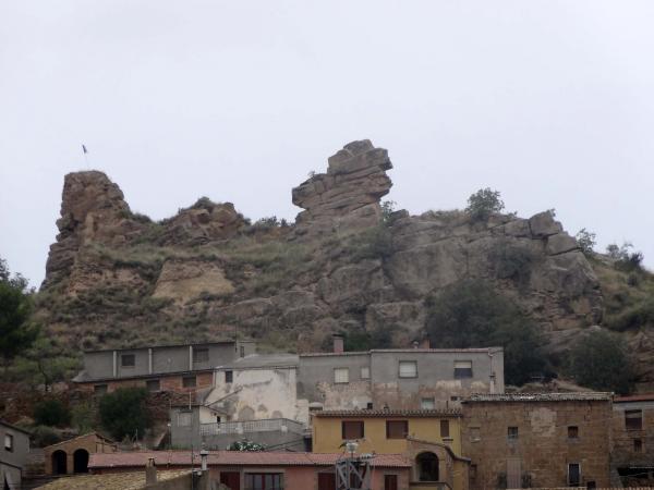 07.08.2013 Restes del castell  Oliola -  Jordi Ferrer