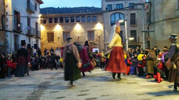 08.02.2015 ball de gegants  Torà -  Ramon Sunyer