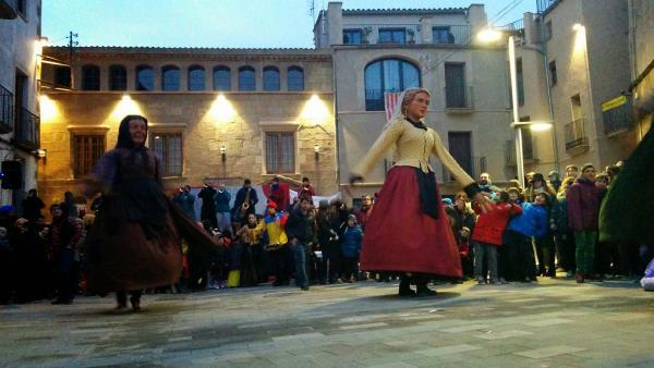 08.02.2015 La Bruta i la Bonica  Torà -  Ramon Sunyer