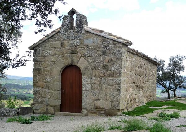 Chapel Sant Pere del Soler - Author Isidre Blanc (2012)
