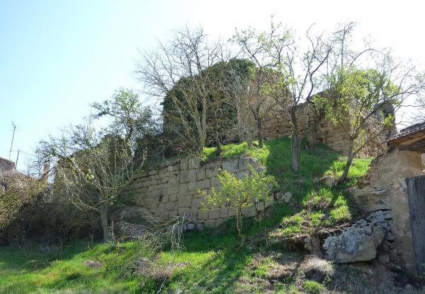 Castle of  Claret - Author Isidre Blanc (2012)
