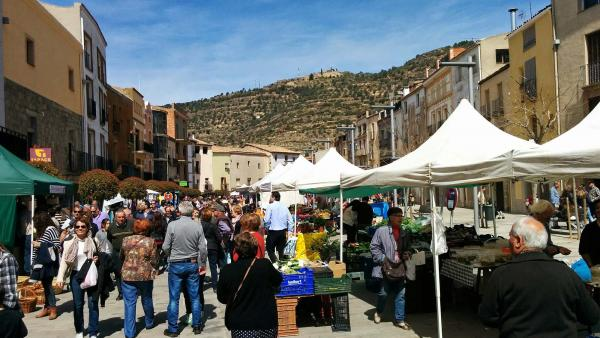 03.04.2015 plaça del vall  Torà -  Ramon Sunyer