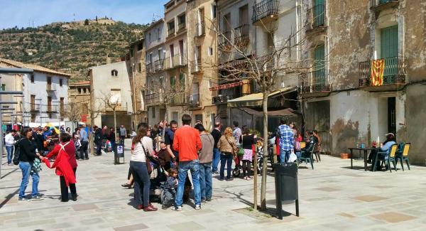 plaça del vall - Torà