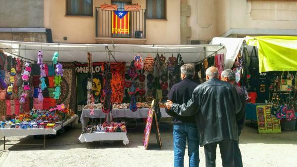 03.04.2015 plaça de la font  Torà -  Ramon Sunyer
